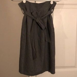 Club Monaco gray pinstripe skirt size 2